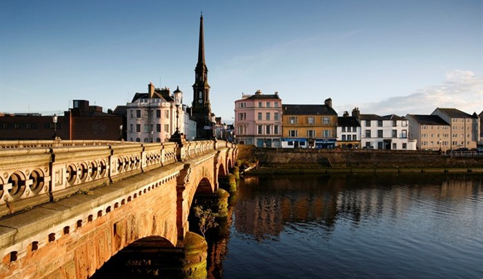 ayr bridge and town